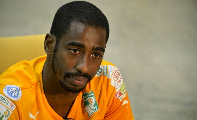 Cabello Negro y peinado afro de Boubacar Barry  en 2020